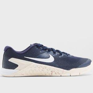 Nike metcon 4 blue sneaker shoe